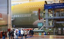 Visite-Airbus-visiteurs-hall-A380-1960x1200